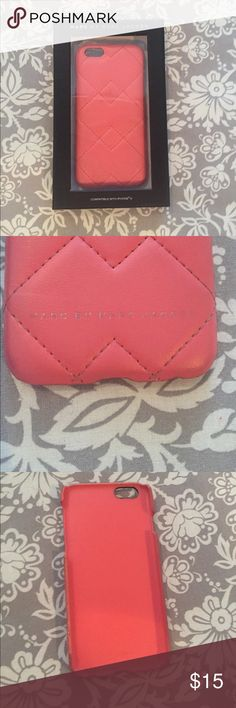 Marc Jacobs iPhone 6 case 📱 GUC Marc by Marc Jacobs pink leather quilted iPhone 6 case some wear and tear around the edges and the writing on the back is a little faded but otherwise great condition! 📱 Marc Jacobs Accessories Phone Cases