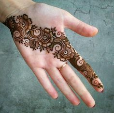 Black and gray tattoos henna patterns beautiful, he. - Black and gray tattoos henna patterns beautiful, henna patterns for be - Henna Hand Designs, Mehndi Designs Finger, Latest Arabic Mehndi Designs, Mehndi Designs For Girls, Mehndi Designs For Beginners, Mehndi Designs Book, Modern Mehndi Designs, Mehndi Design Pictures, Mehndi Designs For Fingers