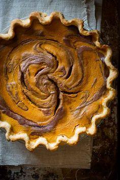 Maple-sweetened Chocolate Swirl Pumpkin Pie Recipe for Thanksgiving: