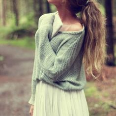 Loose bat sleeve knit sweater