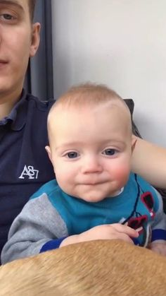 watch till end Funny Babies, Cute Babies, Baby Kids, Cute Gif, Funny Cute, Funny Jokes, Hilarious, Father And Baby, Cute Baby Videos