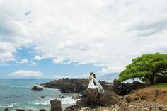 Kukahiko Estate: Tropical estate nestled against the lava rock shoreline and soothing waves of the Pacific. One of the top wedding venues in Hawaii || Maui, HI www.kukahikoestate.com