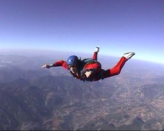 Skydiving (= I so got to Get Certified for Solo Skydiving!  :)))