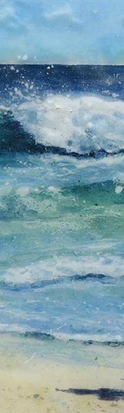 Jane Reeves is based in Bristol.  Inspired by Cornwall and St Ives. She produces glass pictures and fused glass paintings featuring evocative seascapes and some beautiful colours. #sea #art #beach