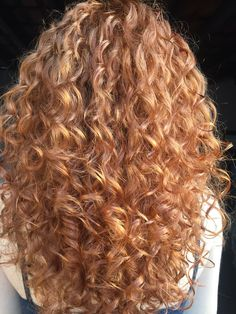 82 fun and sexy hairstyles for naturally curly hair - Hairstyles Trends Blonde Curly Hair, Curly Hair Tips, Short Curly Hair, Curly Hair Styles, Hair Game, Permed Hairstyles, Hair Looks, Naturally Curly, Hair Inspiration
