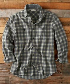 Grey Flannel, Mens Flannel, Cool Shirts For Men, Casual Shirts, Men's Shirts, Mens Fall, Shirt Style, Men Casual, Menswear