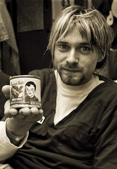 Kurt Cobain showing off his can of Prairie Belt Smoked Sausage. One of many cans from his collection. #Nirvana