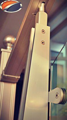 Akos 400 Series Lama Strut with glass holder by www.akossystem.com #aluminium #aluminiumrailings #railing #railingsystem