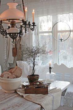 shabby chic kitchen designs – Shabby Chic Home Interiors Cocina Shabby Chic, Shabby Chic Kitchen, Shabby Chic Homes, Cottage Living, Cottage Style, Swedish Decor, Sweet Home, Vibeke Design, Cozy Kitchen
