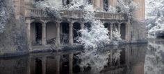 """La """"bella addormentata"""" dell'immobiliare: in Francia un castello fiabesco abbandonato (Fotogallery)"""
