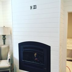 Loving this finish! Just a tv and the Mantel shelf to go.  #custom #goldenflames #fpx564 #artisan #archedfinish #interiordesign #wecreate #fireplacextrordinair #gasfireplace #focalwall #lovewhatyoudo #remodel #fireplacewall