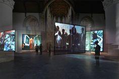 Volkspaleis in Den Haag. 'West heeft deze zomer een missie: kunst uit het reservaat (het kunstinstituut) halen.'