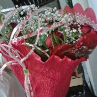 Bouquet de rosas com meia dúzia R$ 50,00