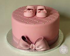 atelier pâte à sucre, cake design, chaussons bébé, formation, gateau design, gateau original, gateau pate a sucre, gateau personnalisé, gate...