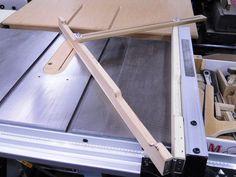 Table Saw Cove Cutting Jig / Gabarit pour moulures concaves au banc de scie