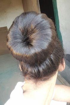 Donut Bun Hairstyles, Bun Hairstyles For Long Hair, Retro Hairstyles, Hairstyle Ideas, Short Hair, Chignon Bun, Updo, Beautiful Braids, Beautiful Long Hair
