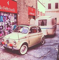 Fiat 500 with a trailer......cuteness overload