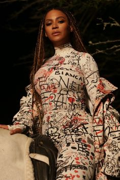 King Fashion, Fashion Looks, Women's Fashion, Rihanna, Queen Bee Beyonce, Divas, Indie, Beyonce Style, Beyonce Knowles