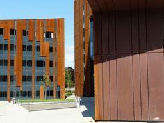 Corten cladding, P1330273 Broadcasting Place, Leeds Metropolitan University, via Flickr.