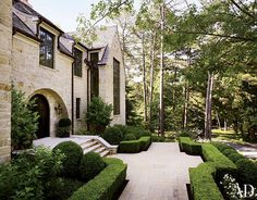 Things That Inspire: On the market: a Suzanne Kasler house featured in Architectural Digest.  Landscape architect was Land Plus.