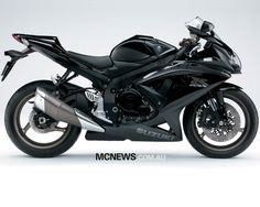 GSXR 750 all black, need it!
