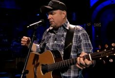 Garth Brooks performing 'Night Moves' live on The Tonight Show