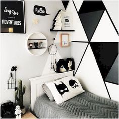 Amazing Kids Bedroom With Batman Decorations Ideas - Bedroom Design & Decor Ideas - Cool Kids Bedrooms, Boys Bedroom Decor, Kids Rooms, Boy Rooms, Boy Decor, Girls Bedroom, Boys Bedroom Ideas 8 Year Old, Bedroom Furniture, Modern Teen Bedrooms