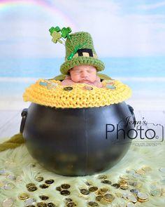 Leprechaun Hat - Newborn Boy Hat - St. Patrick's Day - Newborn Photo Prop - Photography Prop