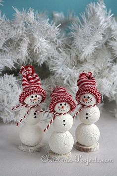 Christmas Craft - Mini Snowmen