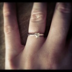 My gorgeous engagement ring <3