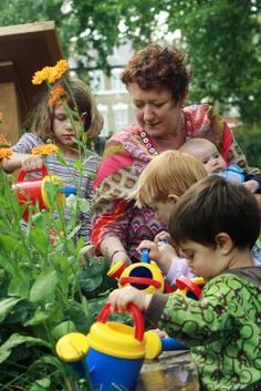Manager Naimh Bays plants some herbs with children in the Jamboree Play Hut. Finsbury Park, Play Centre, Bays, Garden Projects, Herbs, Learning, Children, Plants, Inspiration