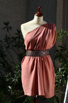 Rózsaszínű miniruha flitteres övvel, kormoszsofi, meska.hu #rose #minidress Shoulder Dress, One Shoulder, Formal Dresses, Rose, Fashion, Pink, Moda, Formal Gowns, La Mode