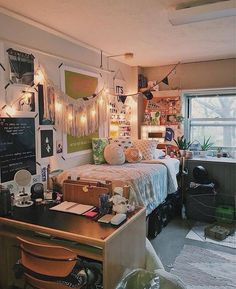 Like if you want to study/work/sleep in here! Omg I'm sorry but I have to post this picture immediately because her dorm room is so freaking cute for real like those lights, ugh I can't  (Source: @ella_is_british @urbanoutfitters via Instagram)