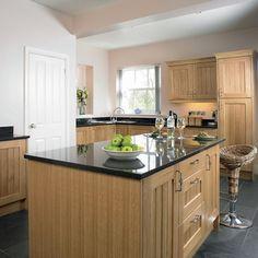 Country oak kitchen   Kitchen design   Decorating ideas   Image   Housetohome   dark floor dark top