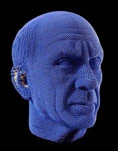 Пикассо из спичек, автор David Mach, на портрет ушло 50 000 спичек