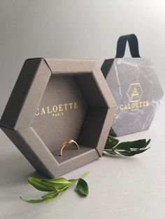 Jewelry packaging jewelry gift box ring packaging ring box custom jewellery packaging hexahedral box gray box with lid is part of Custom jewelry packaging, Box design, Jewelry packag - Necklace Packaging, Gift Box Packaging, Jewelry Packaging, Packaging Ideas, Packaging Design Box, Pretty Packaging, Bijoux Design, Luxury Packaging, Innovative Packaging