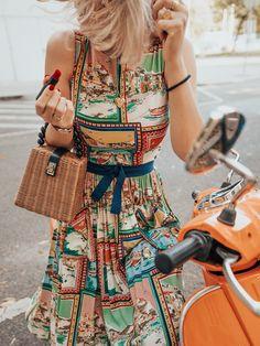 Lena Hoschek Cruise Collection Amalfi Dress // Pictures by Irina & Rares Peicu  #lenahoschek #lenahoschekcruisecollection #cruisecollection #summerdress #postcardprint #vacationmood #holidaymood #summerfeeling #italyvibes