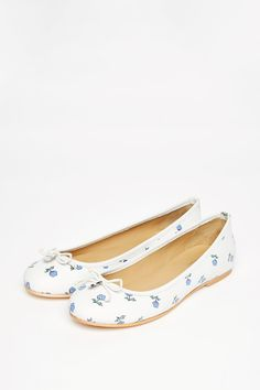 The Deerhurst Ballet Pumps | Jack Wills