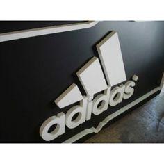 Corpóreo Adidas Shop