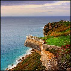 Cliffs, Nazaré by Pilar Azaña