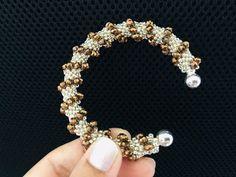 Tubular Peyote Bracelet || DIY Beaded Bracelet || Cellini Spiral Beaded Bracelet - YouTube Armband Diy, Bracelet Crafts, Seed Bead Earrings, Beaded Earrings, Beaded Bracelets, Seed Beads, Crochet Bracelet Pattern, Bead Jewelry, Slippers