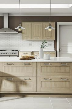 Landhausküche, Holz, Holzküche, Holzfronten, Holz Optik, Kasetten Fronten,  Helle Küche