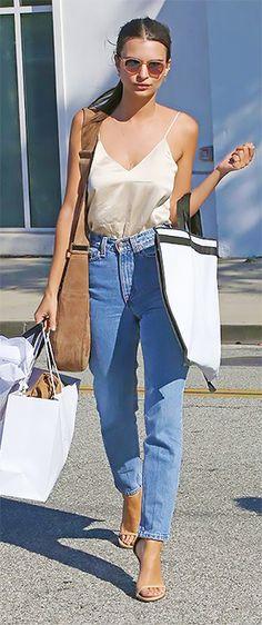 Jeans de cintura alta, del armario de tu madre a los looks de las celebs