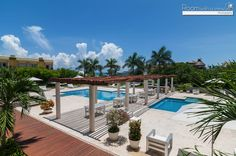If you would like real estate in Playa Del Carmen, you could be wondering whether it is possible to really possess a property in Mexico. Playa del Carmen can be a beautiful place that many foreigners yearn to own a property. Real Estate Site, Quintana Roo, Real Estate Investing, Property For Sale, Costa, Beautiful Places, Today's Market, Patio, Vacation