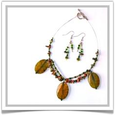 "One-of-a-Kind ""Emerald Isle"" Jewelry Set - Designed by Belle Bijou:  http://www.bellebijoujewelry.com/store/detail/index.html#cid=48968"