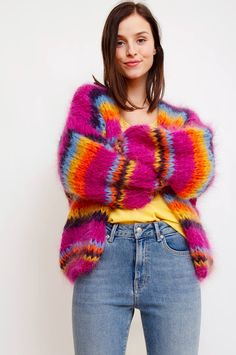 Oversized, fuzzy and warm: this multicolor cardigan is handmade from high-quality wool and will make you feel cozy all winter. This stand-out knited dream will add a luxurious feel to your look. By Les Tricots D'o. Loose Knit Sweaters, Mohair Sweater, Cool Sweaters, Winter Sweaters, Knit Cardigan, Knitwear Fashion, Knit Fashion, Women's Fashion, Stitch Fit