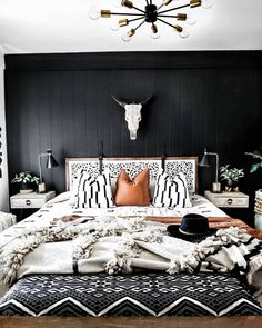 Black bedroom accent wall — would you dare? (submitted by Lin. Western Bedroom Decor, Western Rooms, Home Decor Bedroom, Western Lamps, Bedroom Art, Teen Bedroom, Entryway Decor, Bedroom Ideas, Black Accent Walls