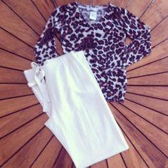 Tricot meia estação Animal Print + Calça pijama Linho Cru Clássicos que nunca saem de cena!