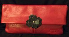 La borsa rossa con la sweet rose