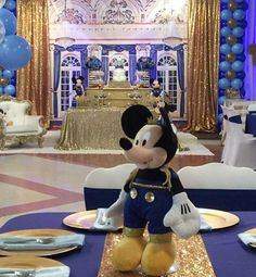 Mickey Mouse/Mickey The King Birthday Party Ideas | Photo 1 of 20